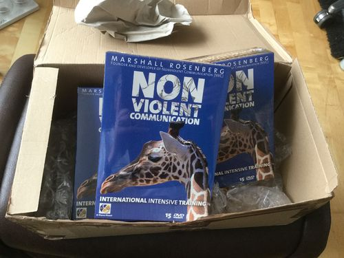 Nonviolent Communication International Intensive Training DVD Box mit 15 DVDs